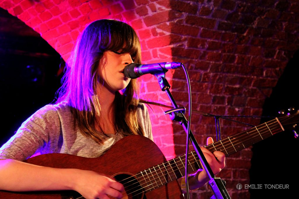 Gabrielle Aplin in Brussels – Nov. 27 2012